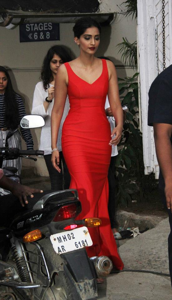 gorgeous_in_red_dress_sonam